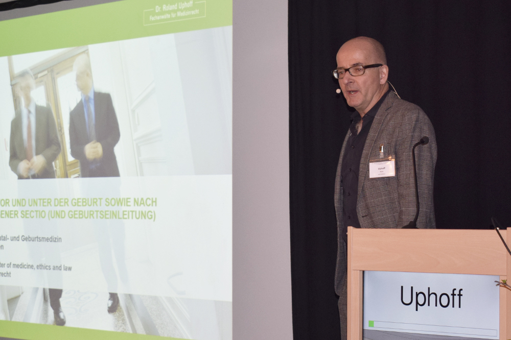 Roland Uphoff beim 13. Intensivkurs zur Pränatal- und Geburtsmedizin in Aachen.